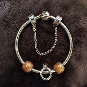 Pandora shine bracelet & 4 charms set